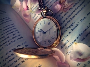 book-clock-petals-runawaylove.blogg.no-time-Favim.com-53614